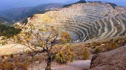 Megmenekülhetünk a verespataki cianidos aranybányától