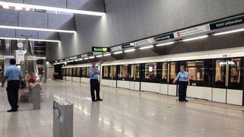 Ma a 4-es metróval akadt épp probléma