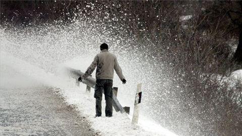 Másodfokú riasztást adtak ki az újabb hófúvás miatt