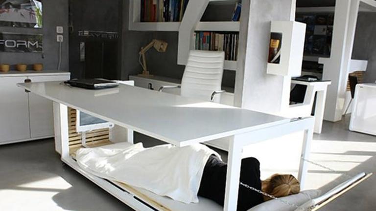 Ilyen íróasztal kellene minden irodába