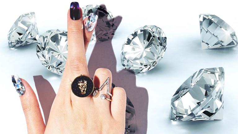 A gyémántként tündöklő körmök igazi