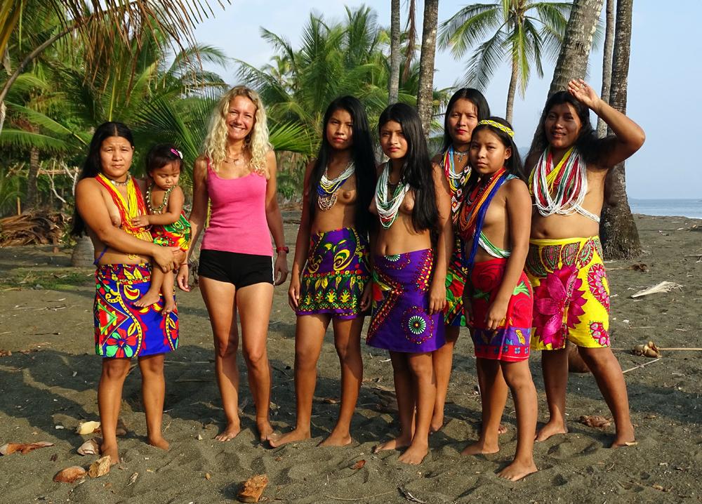 Embera indiánok között Dariénben (Panama, 2015. február)