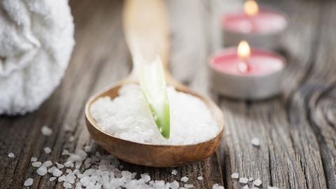 Készíts tél illatú bőrradírt, amitől nem csak a bőröd lesz puha, de lelkedet is kisimítja