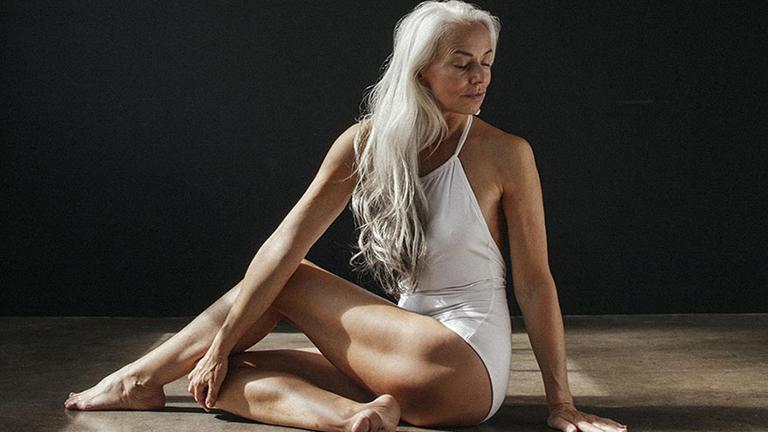 Lélegzetelállítóan szép a 61 éves modell