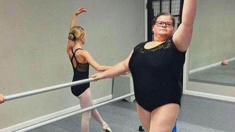 Odáig van az internet a plus size balerináért