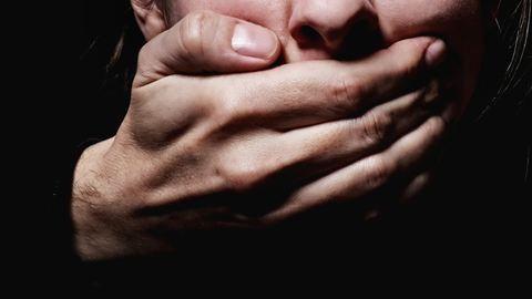 Megverte és megerőszakolta volt élettársát a férfi