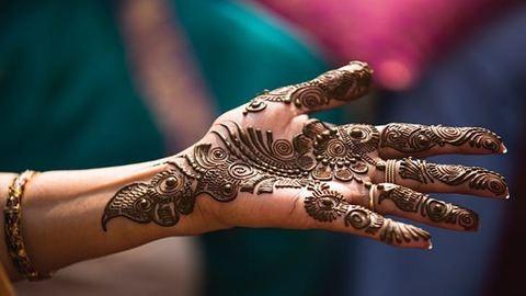 5 bájos esküvői tradíció a világ minden tájáról