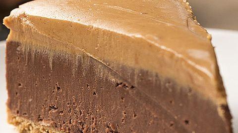 Ellenállhatatlan csokis–mogyoróvajas sajttorta