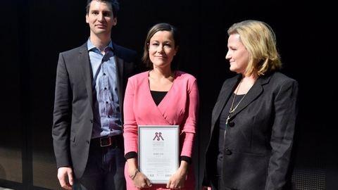 Óriási NLCafé siker – újságírónk nyerte a Családbarát Médiáért díjat