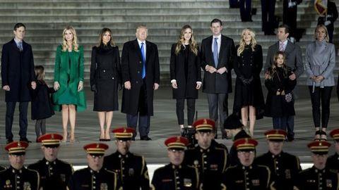 200 ezer tüntető várja, 30 ezer rendőr vigyázza Trumpot