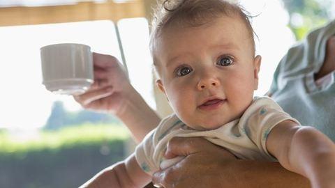 10 dolog, amit a gyerek születése után fél kézzel kell csinálnod