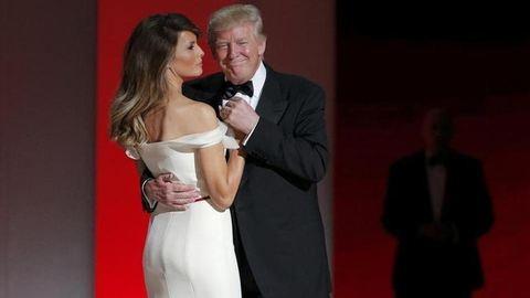 Donald és Melania Trump áttáncolta az éjszakát – videó