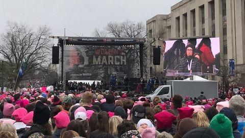 Nők milliói tüntetnek Trump ellen