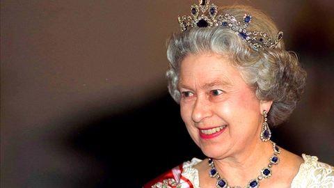 65 éve lépett trónra II. Erzsébet - A királynő kedvenc ékszereinek titkai