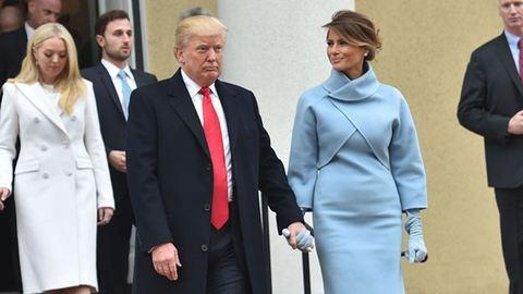 Melania Trump ruhája máris botrányt kavart