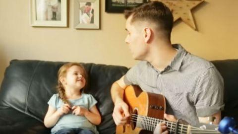 Videó: ez az apa–lánya duett megmelengeti a szívedet
