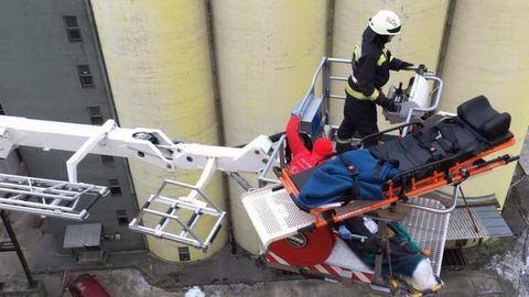 30 méteres magasságban a gabonatárolóra zuhant egy munkás