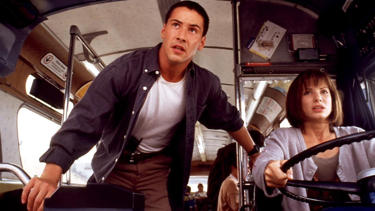 Keanu Reeves és Sandra Bullock a Féktelenülben