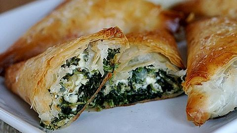 Készítsd el otthon a görögök kedvenc spenótos pitéjét!