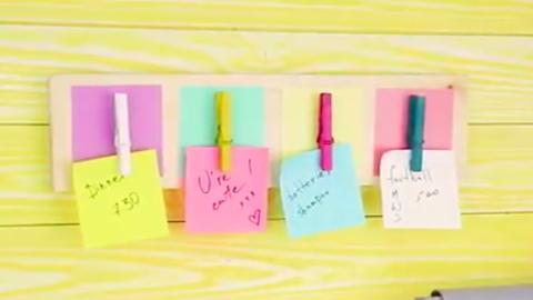 DIY: színes fali emlékeztető, hogy semmiről ne maradj le