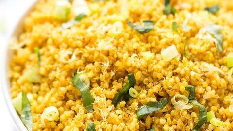 Napsárga quinoa kurkumával