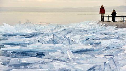 Tönkretette az olvadás a Balaton jegét