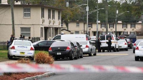 Tragédia! Lelőtte 5 éves húgát a 8 éves kisfiú