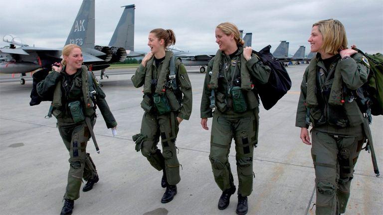 #DressLikeAWoman: így öltöznek az igazi nők