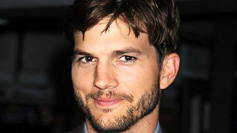 Ez történik ma, Ashton Kutcher szülinapján