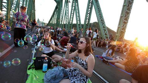 Megfontolja Tarlós István a Szabadság híd nyári lezárását