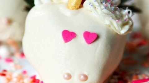 Ez a legegyszerűbb házi unikornisos desszert