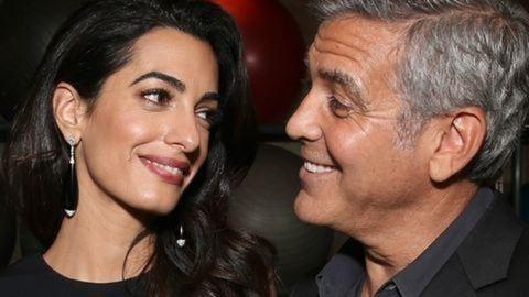 Hivatalos: George Clooney-ék ikreket várnak