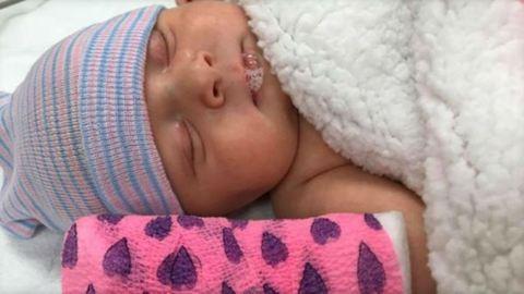 Egyszerű náthának tűnt, kis híján belehalt a nyolchetes kisbaba