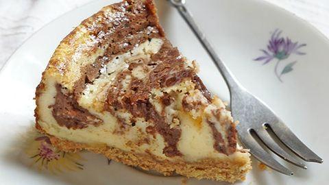 Vasárnapi süti: márványos sajttorta