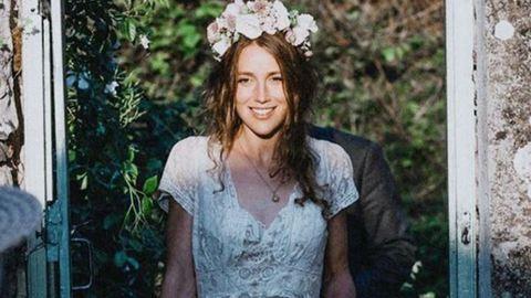 Elvesztette a tisztító a 150 éves esküvői ruhát