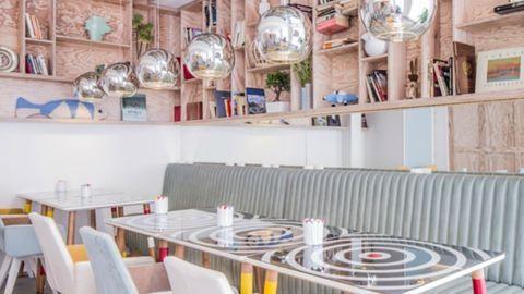 Nézd meg Párizs legvidámabb szállodáját