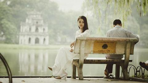 Nyílt levél a férjemhez: itt fekszel mellettem, mégis hiányzol
