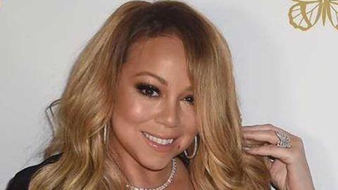 Mariah Carey egy kádban enyeleg a szeretőjével