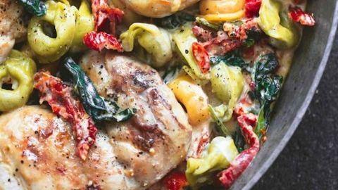 30 perces vacsora: toszkán csirkés-tortellinis egytál