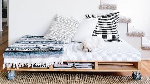 Kis lakásban élsz? Egyetlen trükkel praktikusabbá teheted a bútoraidat!