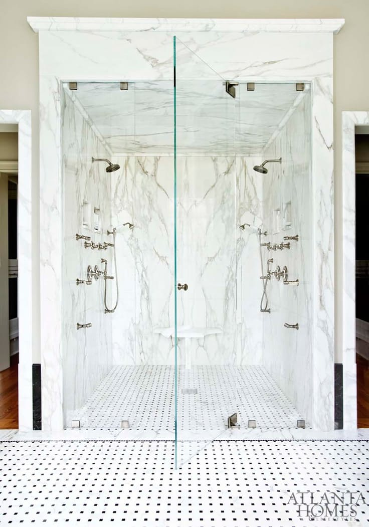 Ámulj el te is a világ legszebb zuhanyzóin!