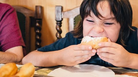 Ha mögfázik a tészta, cseszhetjük – egyetek igazi fánkot, ne adjátok alább!