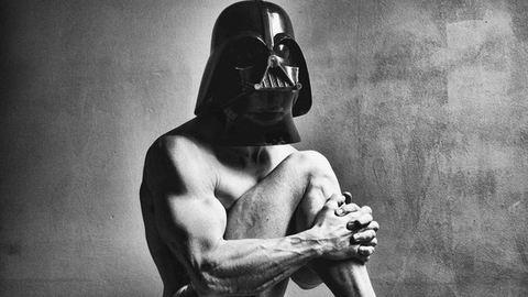 Így néz ki Darth Vader meztelenül