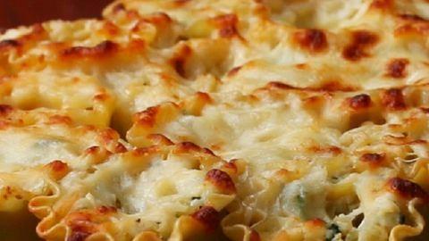 Ilyen az ínyencek lasagnéja: spenótos-articsókás lasagnetekercsek