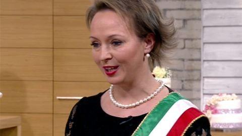 Nagyott hibázott az anyakönyvvezető a Duna TV-s esküvőn