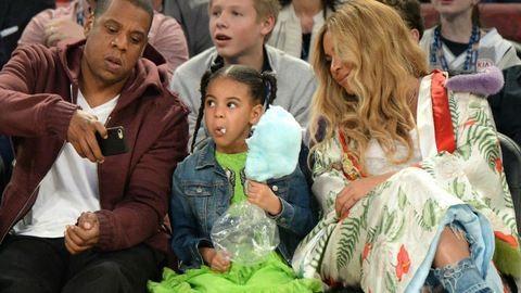 A várandós Beyoncé újabb családi fotóin pörög a net