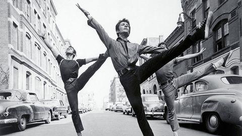 Elképesztő táncos fotók az első Oscar-díjas musicalekből