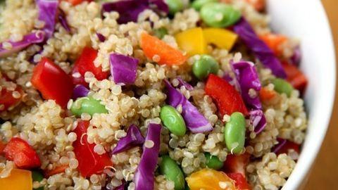 Melyik az egészségesebb: a quinoa vagy a barna rizs?