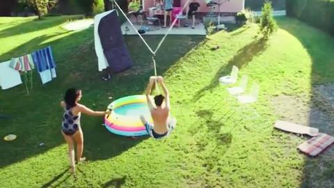 DIY víziparkot csináltak a hátsó kertjükből – videó