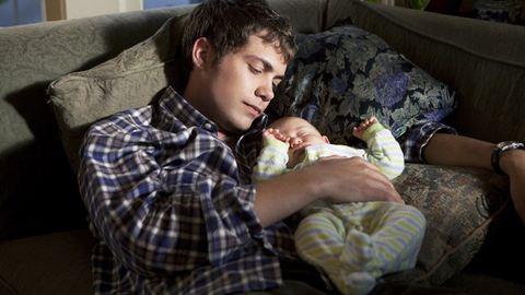 Így segíthetsz apának, hogy jobban kötődjön a babához
